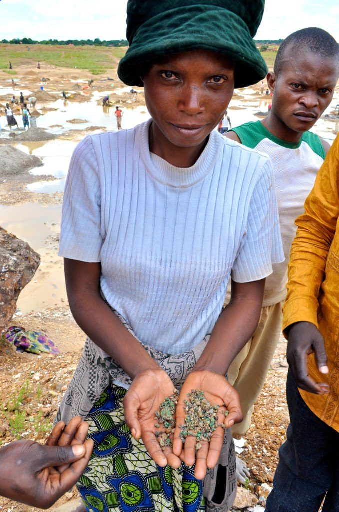 Writing to your Representative: Tackling the trade of conflict minerals!