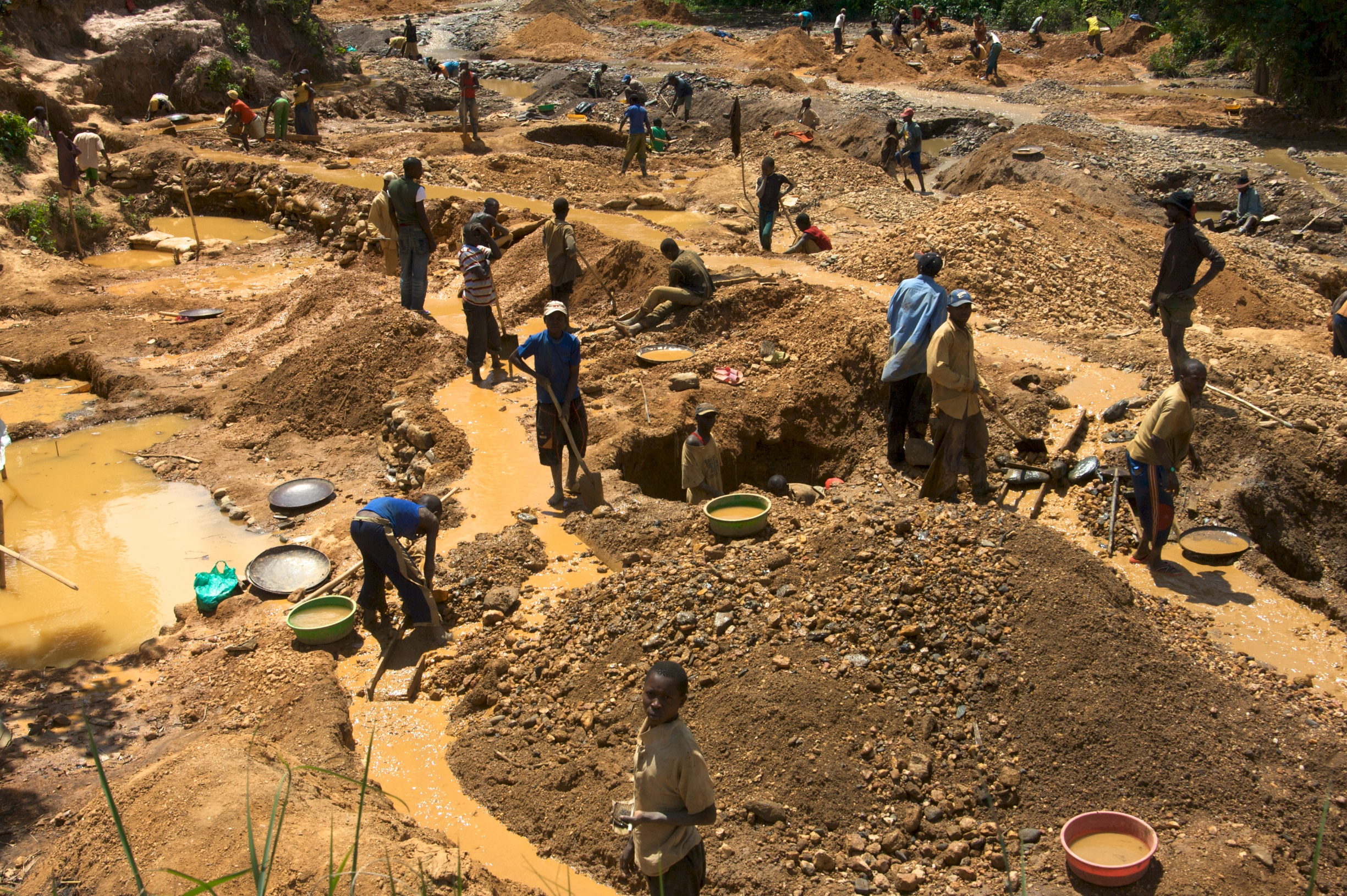 ENOUGH Project - Conflict Minerals 6 - Lezhnev - under CCLicense - Child miners as young as 11 in eastern Congo - Kaji