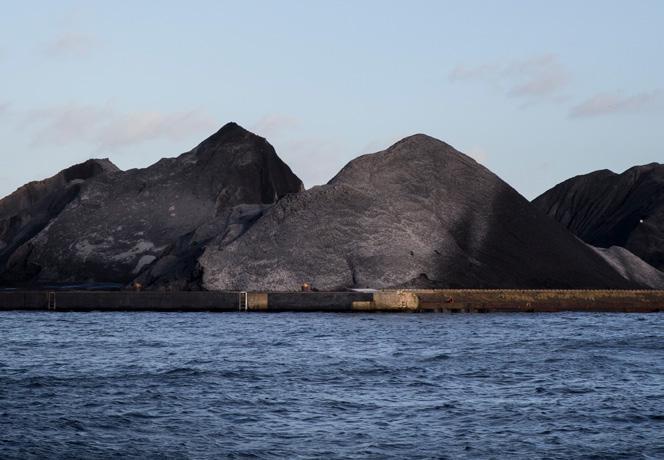Blutige Kohle, gesprengte Berge und giftiges Wasser