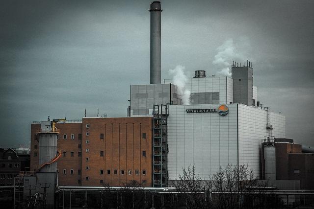 Ahoj Kohleausstieg – Coal& Boat vor dem Heizkraftwerk Moabit