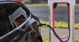 Teslas Gigafactory: Elektroautos machen noch keine Verkehrswende