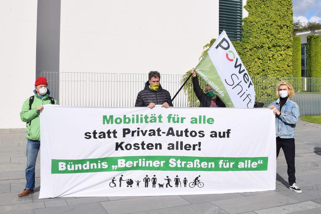 Powershift fordert: Mobilitätsprämie für alle, statt Abwrackprämie für die Automobilindustrie!