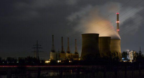 Klimapolitik im Visier: RWE verklagt Niederlande vor Schiedsgericht für den Kohleausstieg